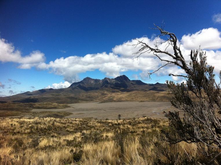 Cerro Ruminahui: Volcan Ruminahui from Cotopaxi slopes - © Flickr User - Katrina