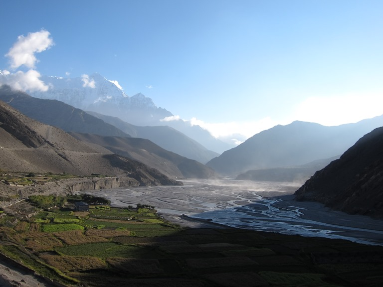 Nepal Annapurna & Mustang Region, Muktinath / Jomsom Trek, Evening light from Kagbeni, Walkopedia