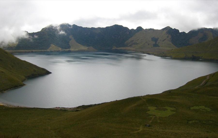 Lagunas de Mojanda: Laguna de Mojanda  - © Flickr User - m e a n d r e a