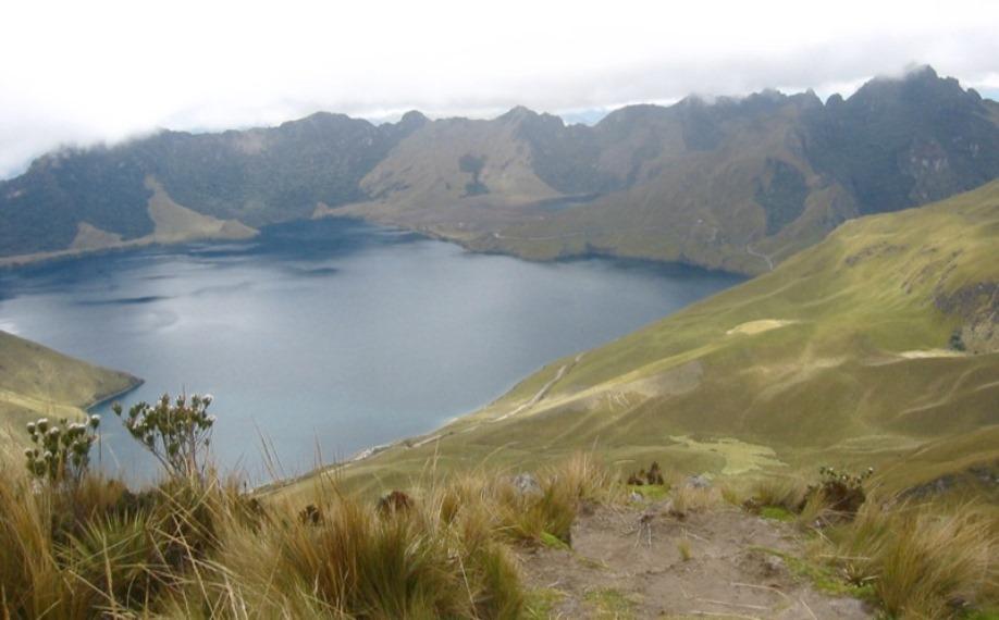 Laguna de Mojanda  - © Flickr User - m e a n d r e a