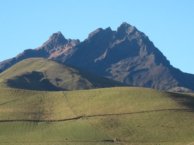 Ecuador Central Andes, Avenue of the Volcanoes, Carihuairazo from Panamericano, Walkopedia