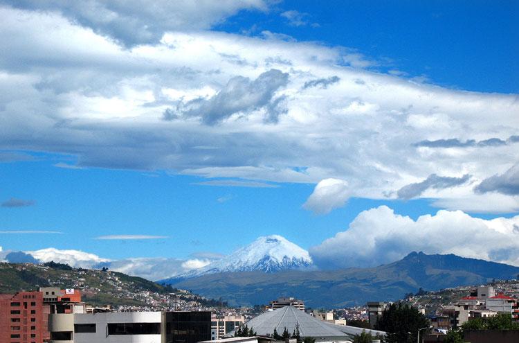 Ecuador Central Andes, Avenue of the Volcanoes, Cotopaxi Summer, Walkopedia