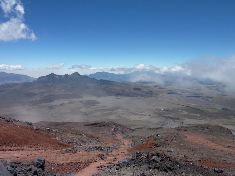 Avenue of the Volcanoes: Ruminahui from Cotopaxi - © flickr 2 user David Hamill