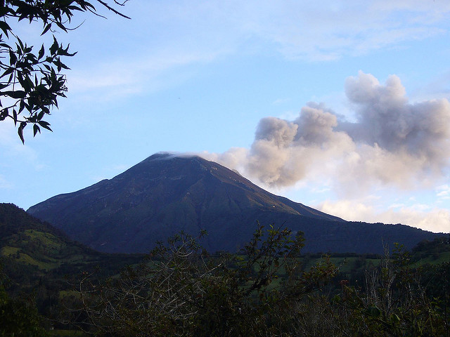 Banos Area : Tungurahua  - © Flickr User - Equa013