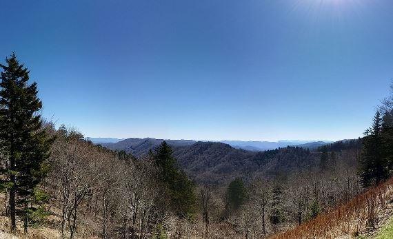 Great Smoky Mountains National Park:  Great Smoky Mountains Panorama - © Wiki user Tetra09