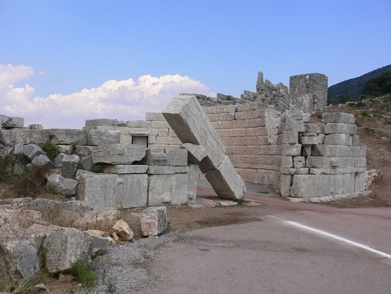Ancient Portol at Messene - © Flickr user - Thomas Cloer