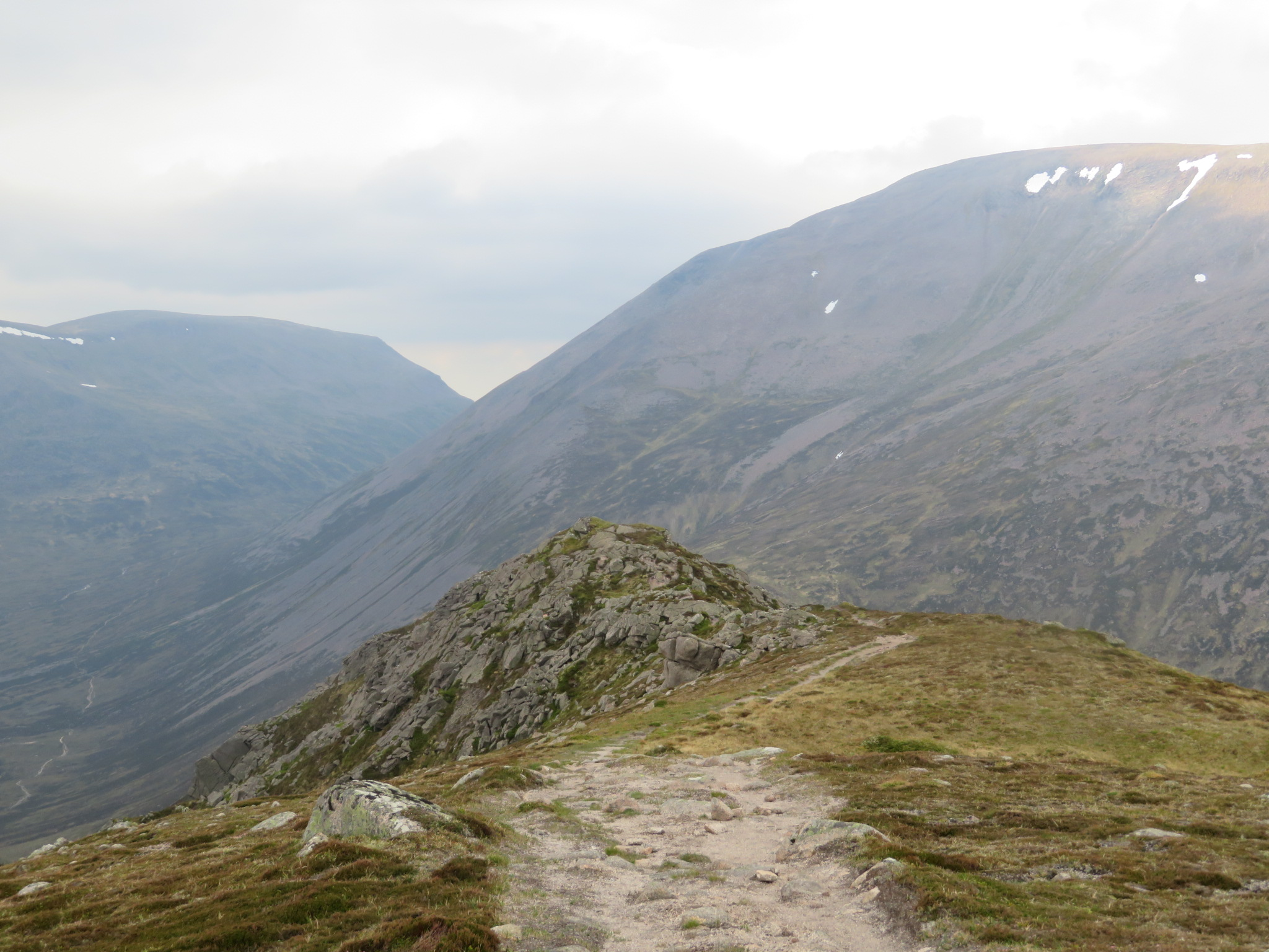 Upper Dee Valley: Narrowing Carn A Mhaim ridge, Ben Macdui and beginning of Lairig Ghru - © William Mackesy