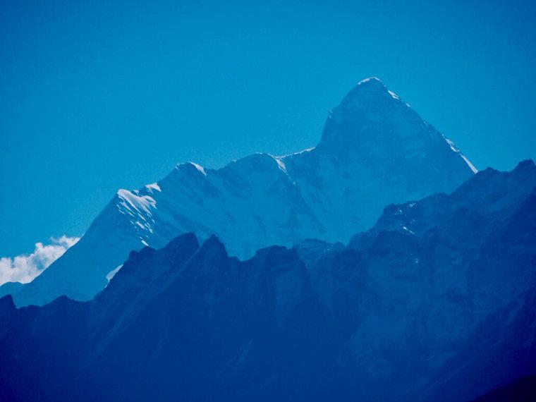 Garwhal, Kumaon Himalaya : Nanda Devi, blue light - © Paul Hadaway