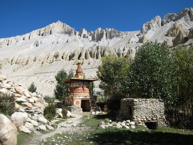 Water prayer wheel and chorten - © William Mackesy