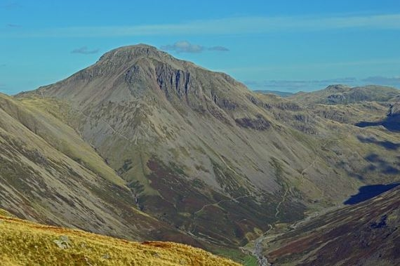 Overall view from Yewbarrow showing Great Gable - © Flickr user Doug Sim