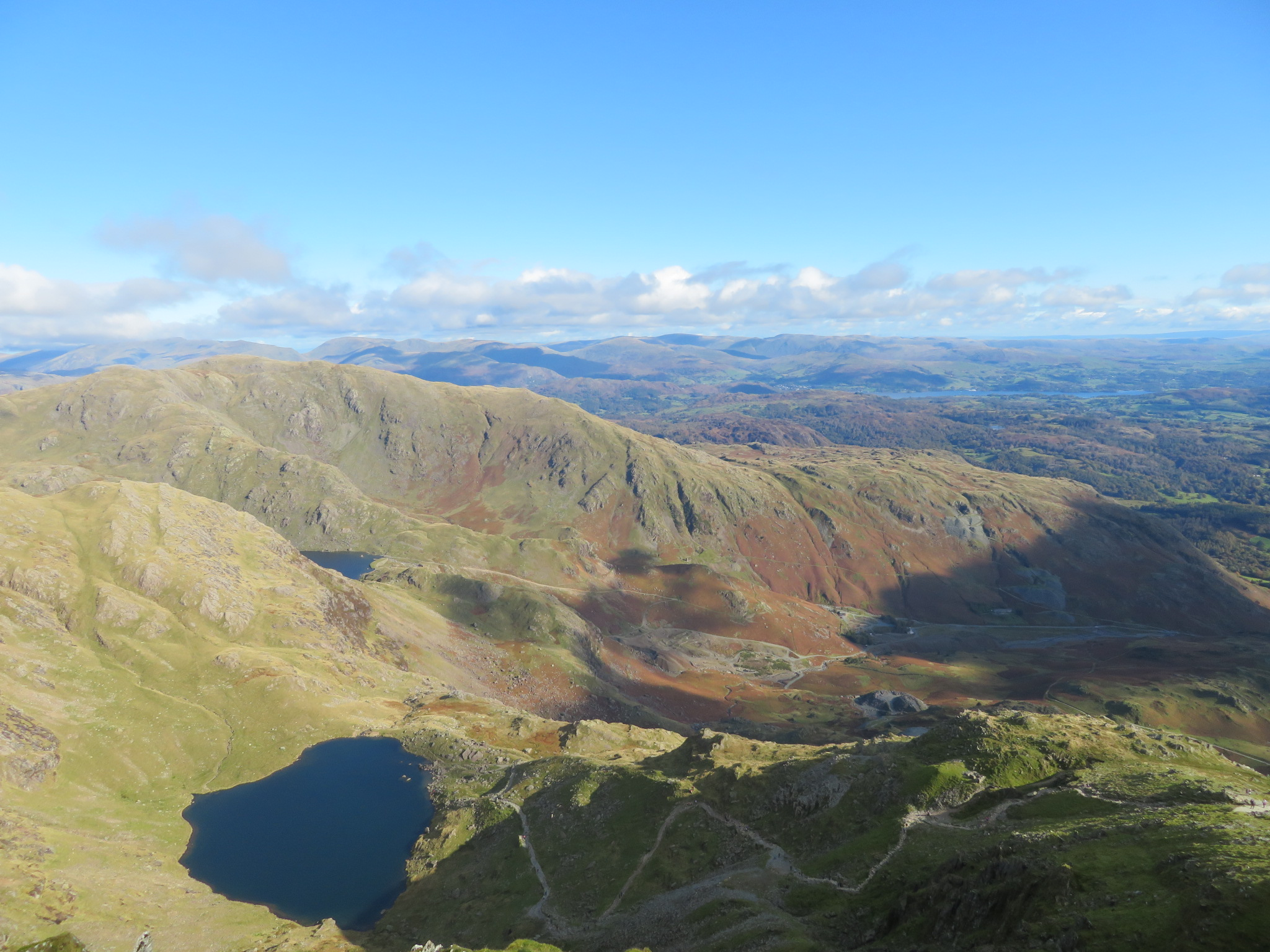 United Kingdom England Lake District, Swirl How and Great Carrs, From Old Man summit, Walkopedia