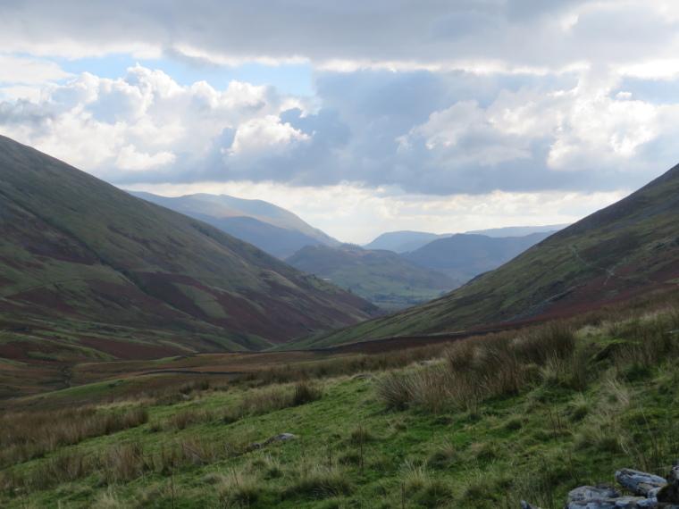 United Kingdom England Lake District, Cumbria Way and High Way, Cumbria Way, south down Glenderterra valley, Walkopedia