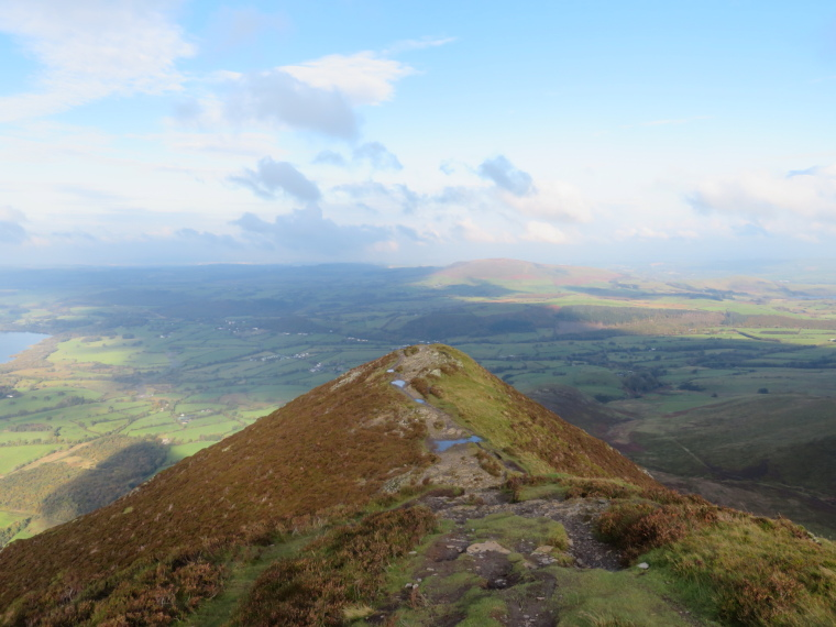 United Kingdom England Lake District, Cumbria Way and High Way, Lower ridge to Ullock Pike, Walkopedia