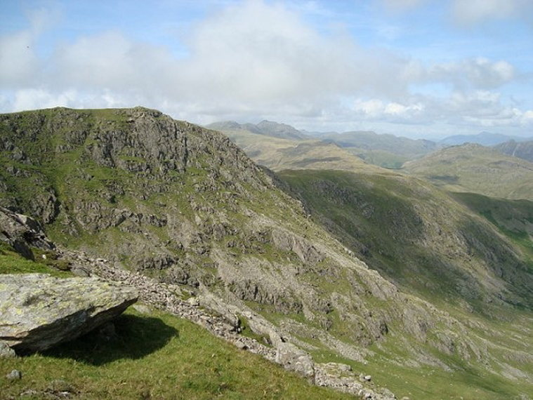 Back to Great Carrs from Swirl How - ©  Flickr user Claire Neill