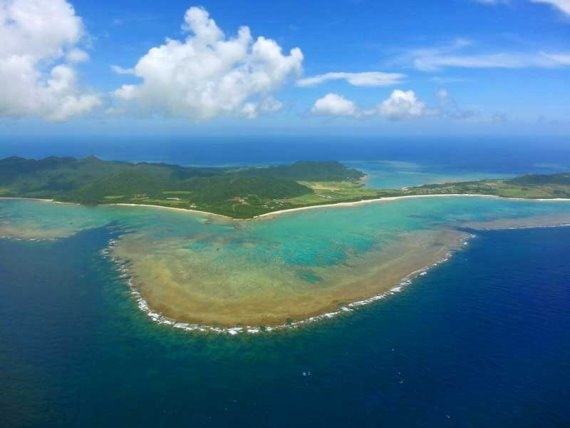 Okinawa Ishigaki reef - © Walk Japan
