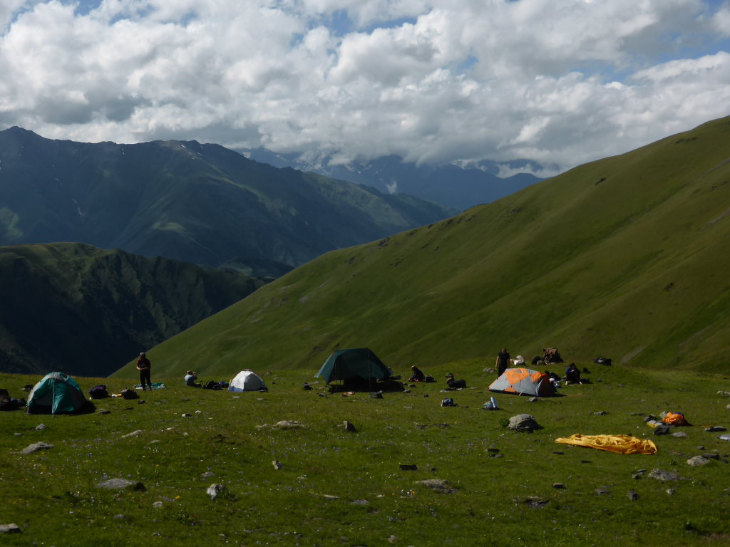 Georgia Gt Caucasus Tusheti and Khevsureti, Atsunta Pass (Tusheti to Khevsureti), Campsite below Atsunta, Walkopedia