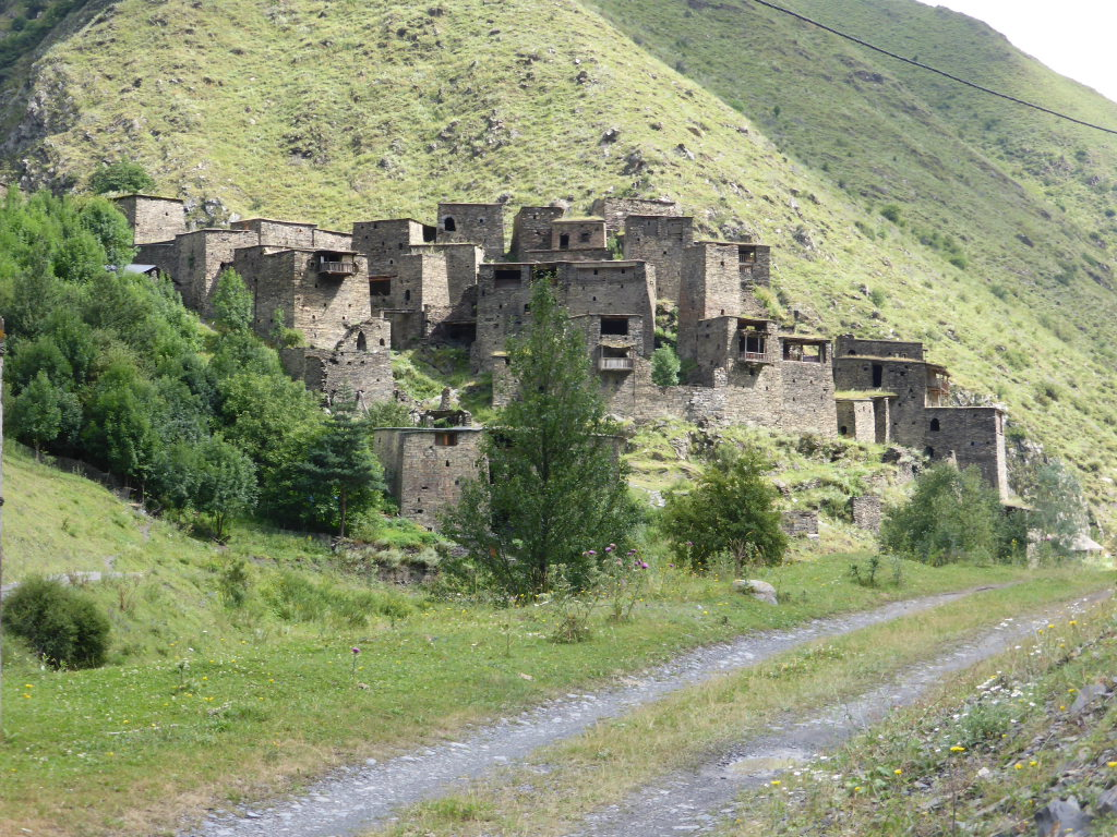 Atsunta Pass (Tusheti to Khevsureti): Shatili - © Nick Ince
