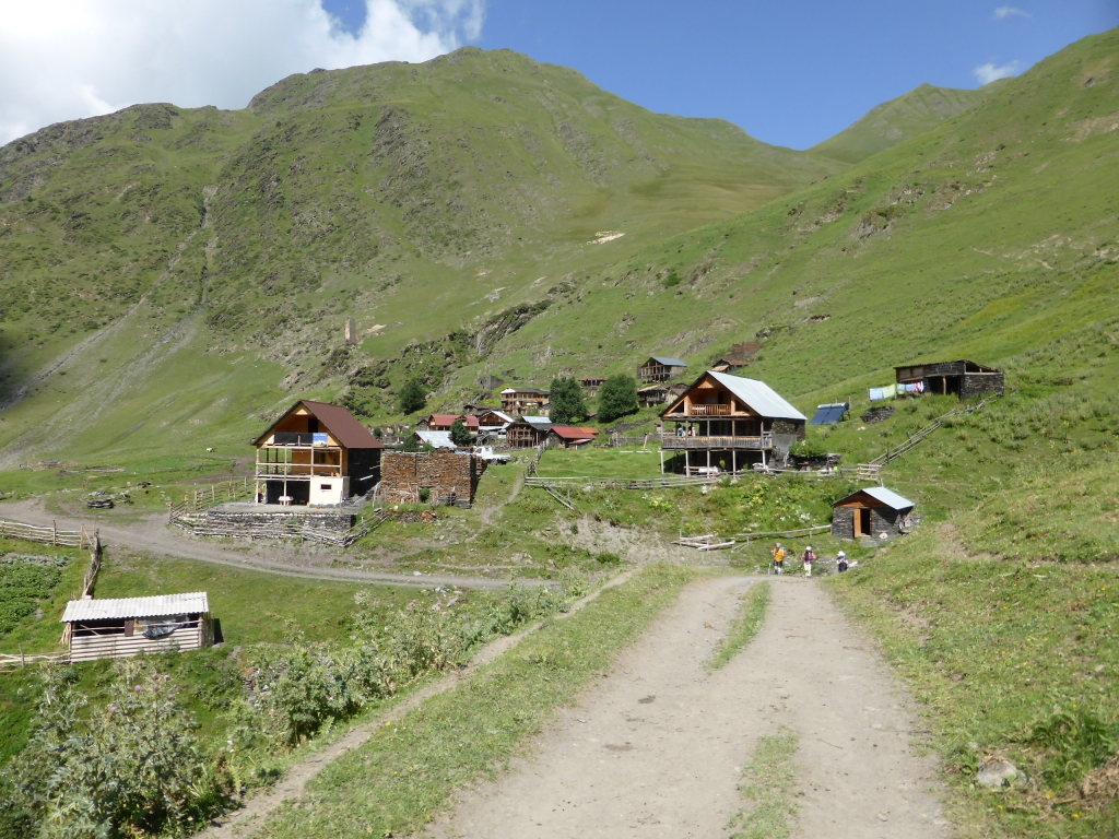 Atsunta Pass (Tusheti to Khevsureti): Tchesho - © Nick Ince