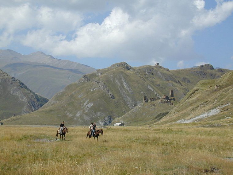 Greater Caucasus Mountains: Truso valley,  Zakagori and environs - © c Nino Narozauli