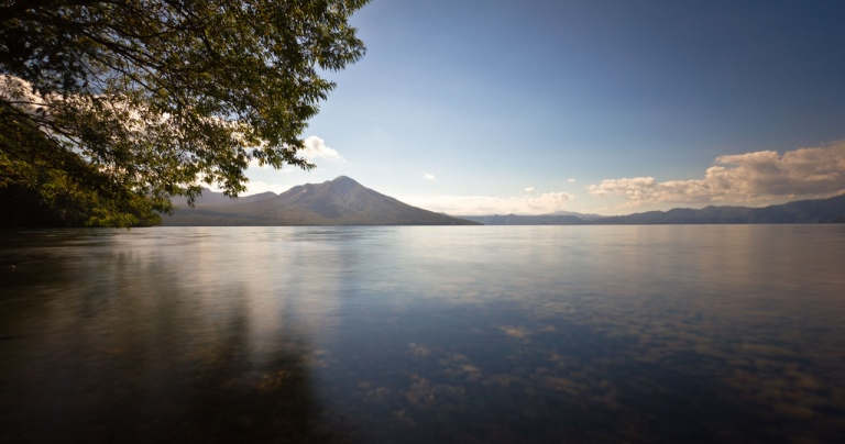 Lake Shikotsu, Hokkaido - © flickr user- Kin Chan I Photographer