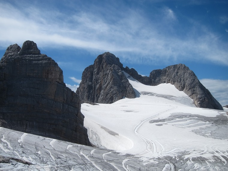 The Dachstein: Dachstein summits from K Gjadstein (3) - © William Mackesy