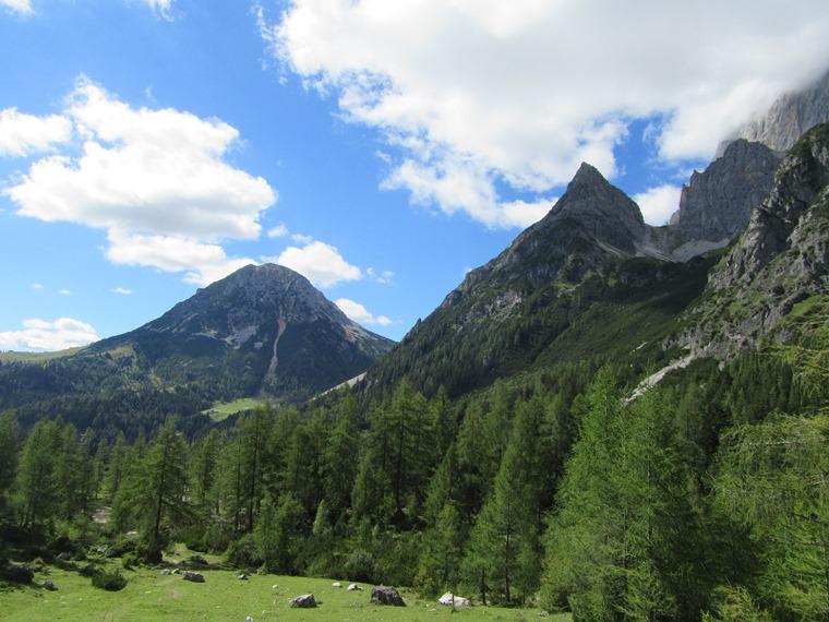 Rotelstein: Rottelstein and Tor pass - © William Mackesy
