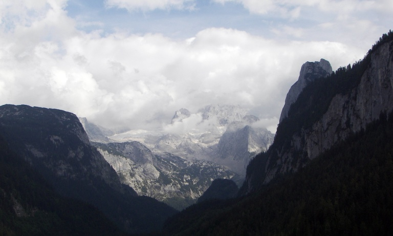 Austria The Dachstein, Gosaukamm Circuit, , Walkopedia