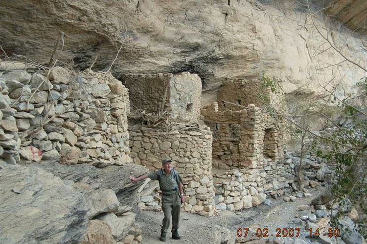 Abandoned Village of As Sab in Wadi an Nakhur Gorge, Walk W6, Western Hajar, Oman - 07022007 - © Dick Everard