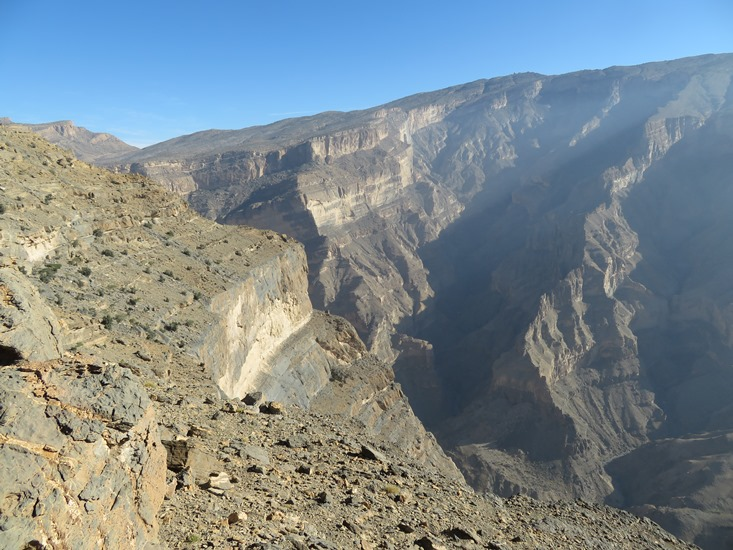 Jebel Shams: Up Wadi Nakhur toward Jebel Shams - © William Mackesy