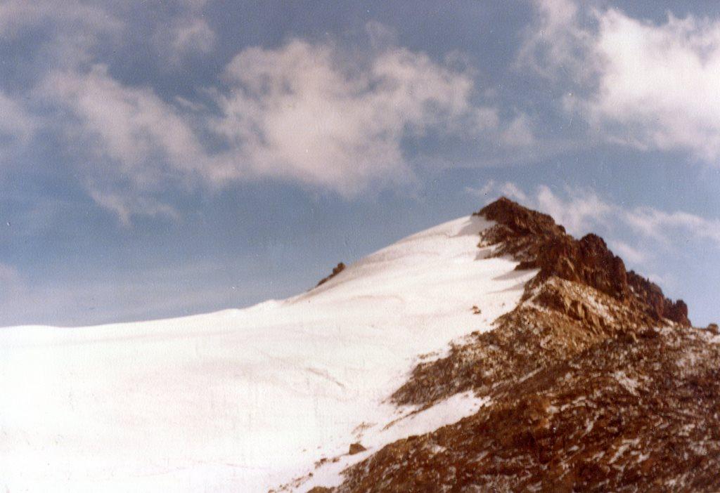 Mount Kenya: Point Lenanaat 16355 feet Mt Kenya - © Dick Everard
