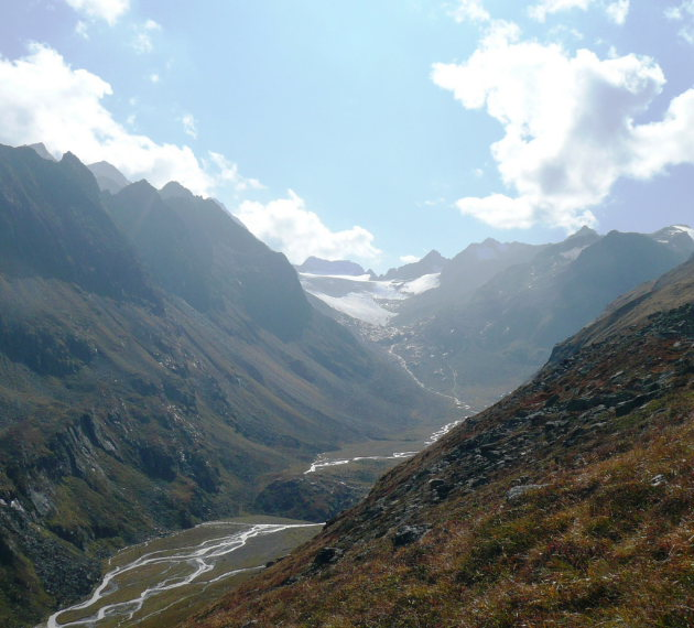 The Alpeiner creek west of the Franz-Senn-Hutte in the Stubai Alps - © flickr user- Renate Dodell