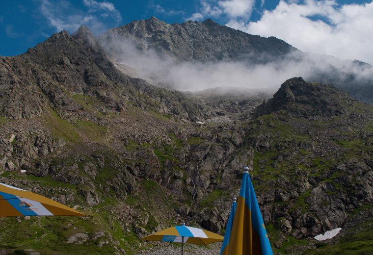 View from the Sulzenau hut. Tyrol, Austria - © flickr user- Volker Schlecht