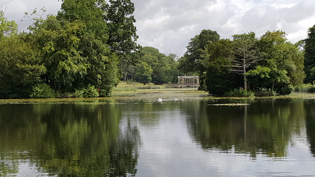 Stowe Gardens: © William Mackesy