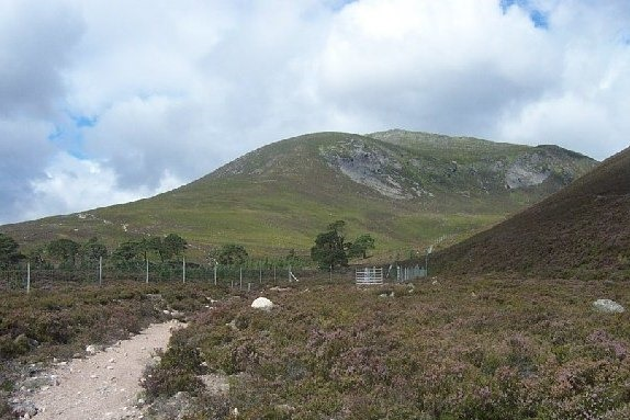"Carn a"" Mhaim from near Luibeg Bridge Cairngorms - © Geograph user Paul Birrell"