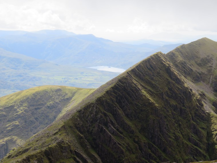 Ireland Kerry Iveragh Peninsula, Caher, Ridge toward Caher from Carrauntoohil, Walkopedia