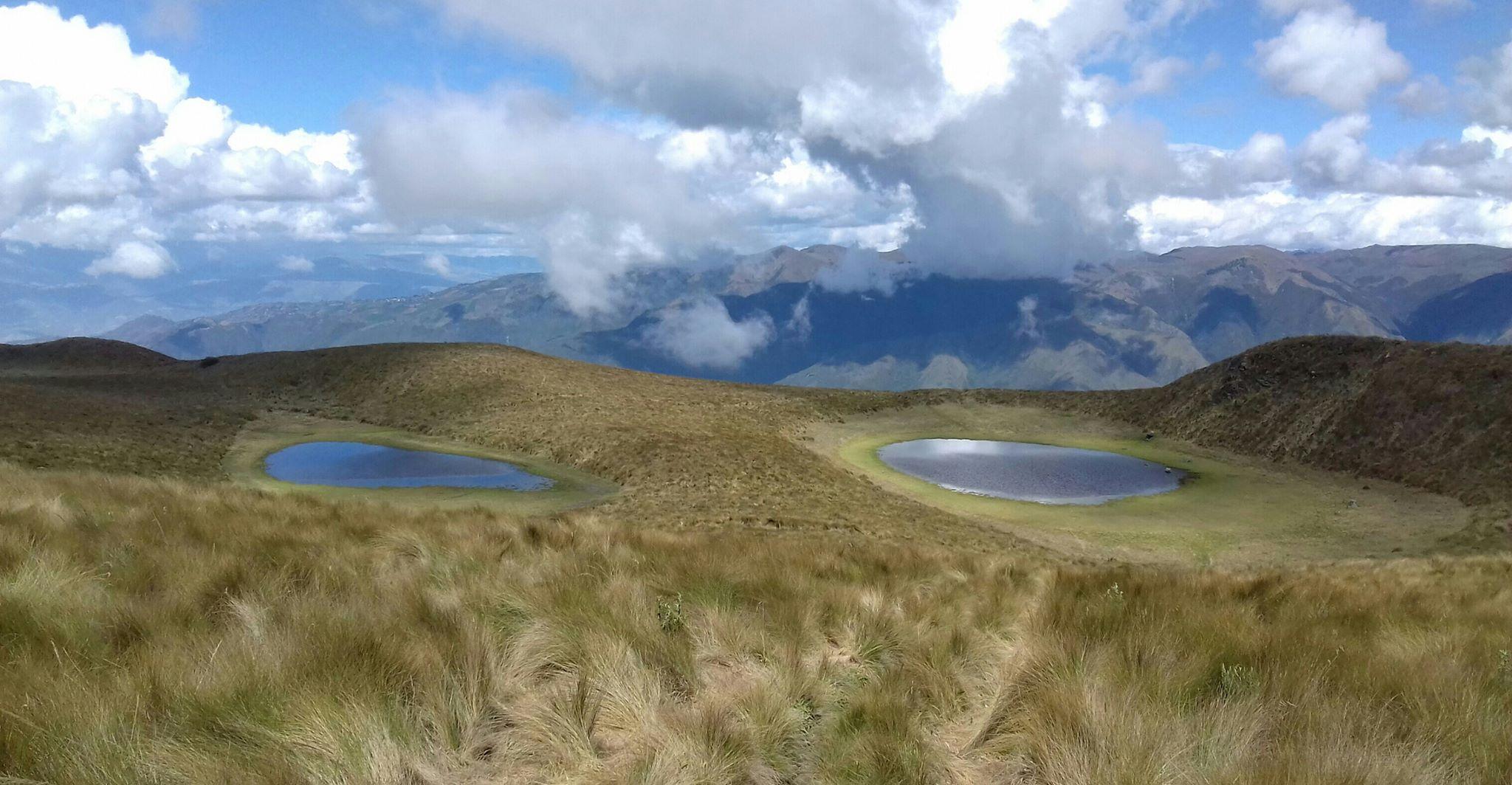 Ecuador Northern Andes: Otavalo Area, Cubilche, , Walkopedia