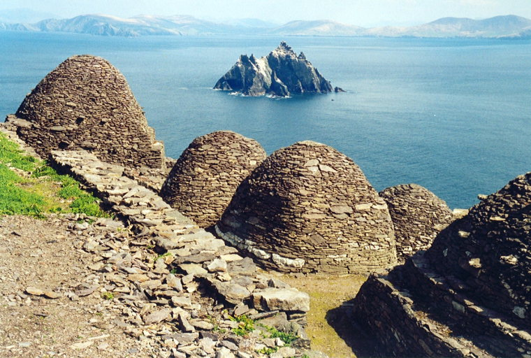 Skellig Michael  - © flickr Arian Zwegers