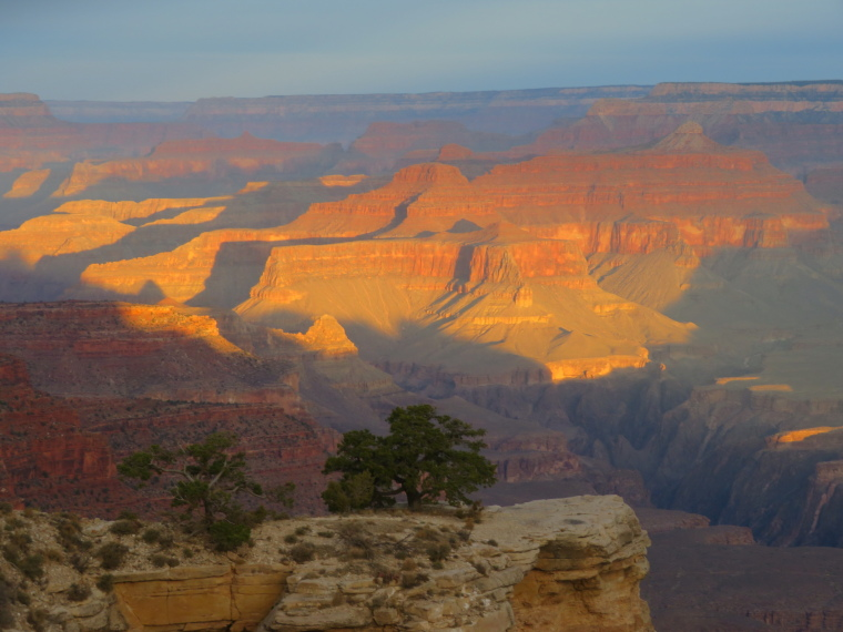 Crossing the Canyon : South Kaibab, first light, from near Yaki Point (2) - © William Mackesy
