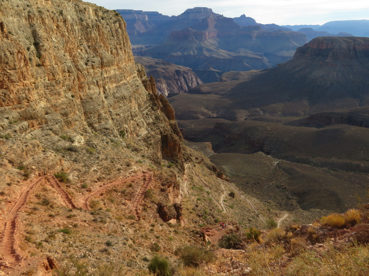 Crossing the Canyon : South Kaibab Trail, zig-zags below Skeleton Point - © William Mackesy