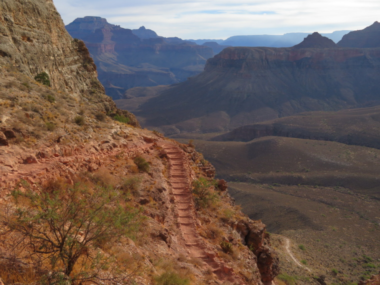 Crossing the Canyon : South Kaibab Trail - © William Mackesy