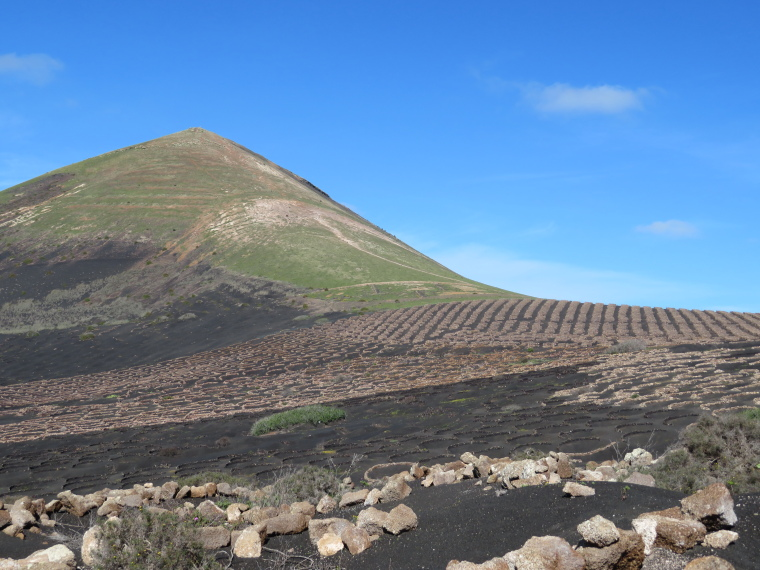 Spain Canary Islands: Lanzarote, La Geria; Montana Tinasoria , Guardilama above vinyards, Walkopedia