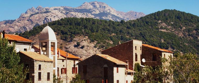 France Corsica: North-west, E  Case to Marignana , Mare e monti , Walkopedia
