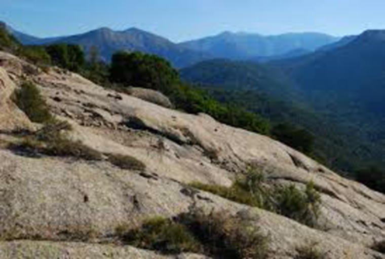 France Corsica: North-west, E  Case to Marignana , Marignana, Walkopedia
