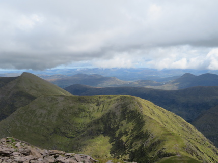 Ireland's SW Peninsulas: Reeks, Cnoc na Tionne and Cnoc an Chuillin from Carrauntoohil summit - © William Mackesy
