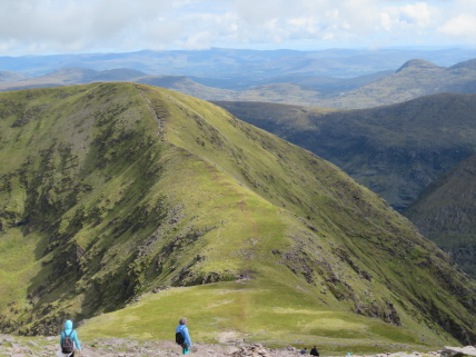 Reeks, descent to Cnoc na Tionne - © William Mackesy