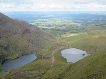 Ireland's SW Peninsulas: Reeks, Hag's Glen from Cnoc na Tionne