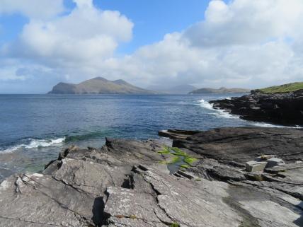 Ireland Kerry/Cork, Ireland's SW Peninsulas, Iveragh, looking north from Valentia Island, Walkopedia