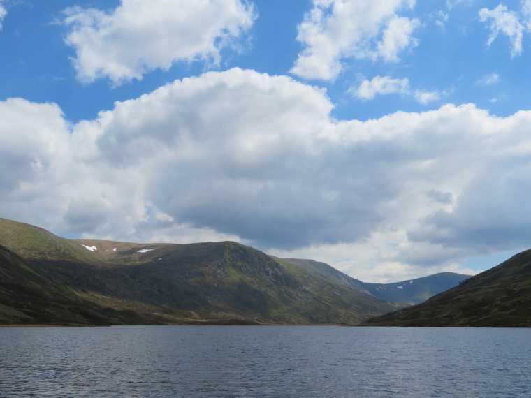 Glen Callater: Up Loch Callater - © William Mackesy
