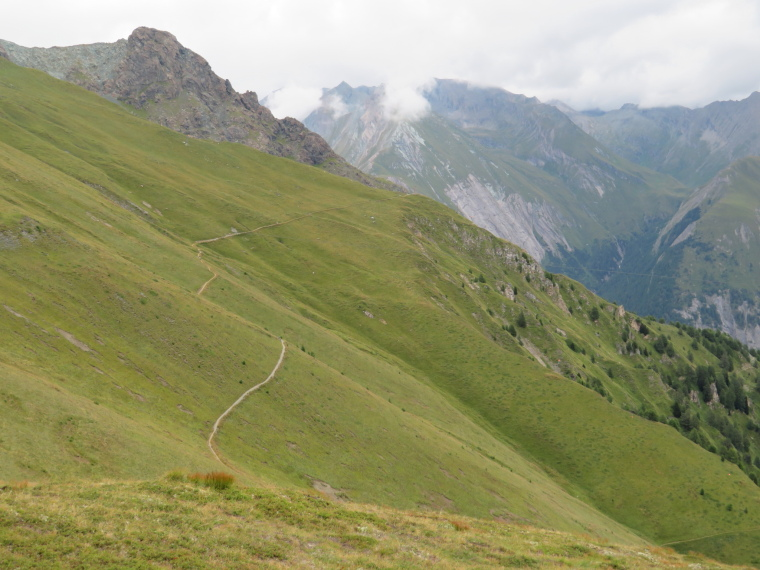 Austria Hohe Tauern, Granatspitze Ridge, Euopa Panoramaweg - winding above Kals valley, Grossglockner somewhere in clouds, Walkopedia