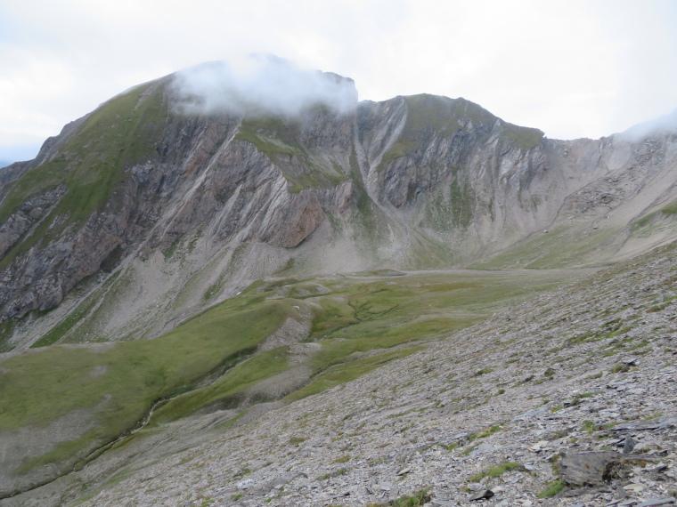 Austria Hohe Tauern, Granatspitze Ridge, Sudetendeutscher Hohenweg - Durrenfeld corrie, parth approaching high col in distance, Walkopedia